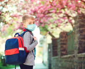 Fermetures des écoles et crèches