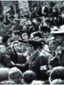 Bain de foule au moment de la Libération, sur la place de l'Hôtel de Ville le 3 septembre 1944 ©MF. Ingelaere