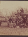 Ernest Mallet, Maire de Pontoise et son adjoint Paul Guillard, participent à une partie de chasse à Epiais - Janvier