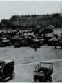 Esplanade des Invalides, Paris Automobilistes attendant leur affectation militaire - Archives départementales du Val d'Oise