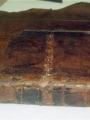 Le vestige de la bride originelle, bien conservé, a pu être maintenu ainsi qu'une partie de la passementerie